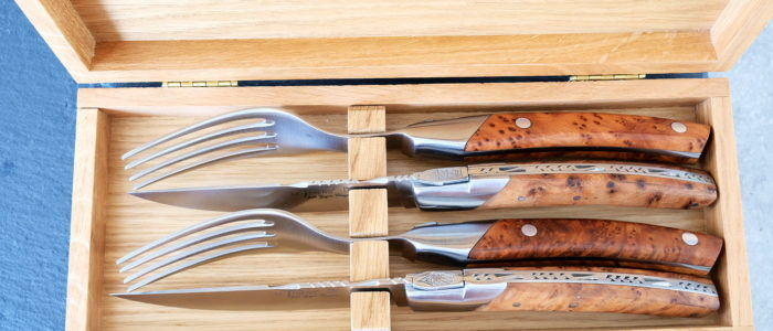GOYON-CHAZEAU, Steakmesserset und Gabeln 4-teilig Thiers Prestige Pirou, Thuya, brosse